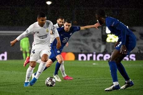 Na partida de ida, espanhóis e ingleses empataram por 1 a 1 (Foto: AFP)