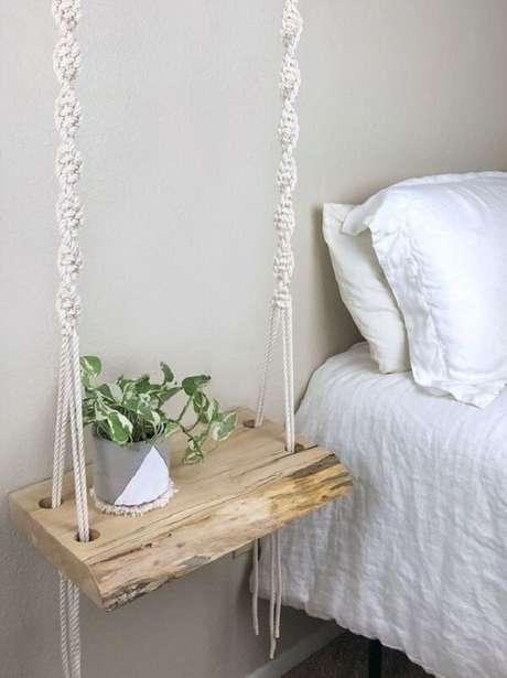 41. As tramas da prateleira de corda deixam a decoração ainda mais charmosa. Fonte: Etsy