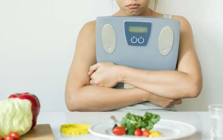 Undieting: descubra o método para emagrecer sem dietas