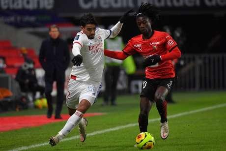Camavinga tem apenas 18 anos e não deve seguir no Rennes (Foto: LOIC VENANCE / AFP)