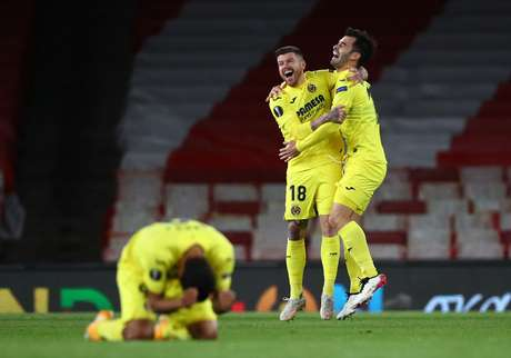 Villareal segura Arsenal e avança à final da Liga Europa