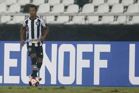 Ênio é uma das crias da base do Botafogo (Foto: Vítor Silva/Botafogo)