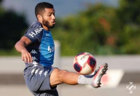 Morato em ação no treinamento do Vasco (Foto: Rafael Ribeiro/Vasco)