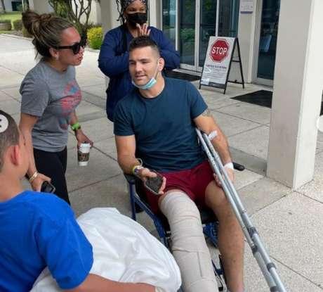 Chris Weidman contou detalhes do seu estado após cirurgia na perna (Foto: Reprodução Instagram @chrisweidman)