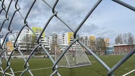 Um dos assassinatos ocorreu em Flemingsberg, um subúrbio da capital Estocolmo