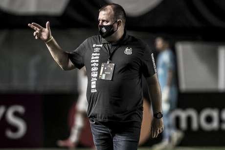 Marcelo Fernandes é membro fixo da comissão técnica do Peixe (Foto: Ivan Storti/Santos FC)