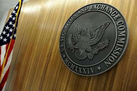 Logo da Securities and Exchange Commission (SEC) fotografado em Washington, EUA  24/06/2011 REUTERS/Jonathan Ernst