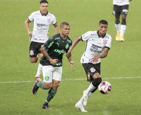 Corinhians pode acabar eliminando ou ajudando o Palmeiras no domingo (Foto: Rodrigo Coca / Agência Corinthians)