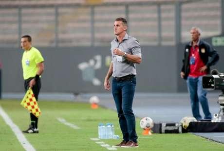 Vagner Mancini lamentou não ter aumentado saldo de gols em Lima (Foto: Rodrigo Coca/Ag. Corinthians)