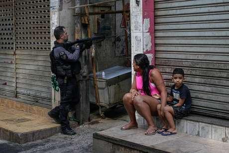 Ação no Jacarezinho deixou 25 mortos, incluindo um policial