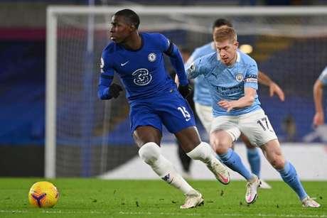 No primeiro turno, City venceu o Chelsea no Stamford Bridge por 3 a 1 (Foto: ANDY RAIN / POOL / AFP)