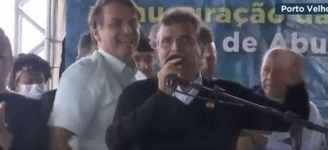 Em evento público, Nelson Piquet falou sobre a Globo ao lado de Bolsonaro (Reprodução / Twitter)