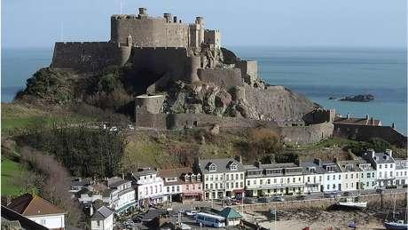 Jersey tem população de 100 mil habitantes