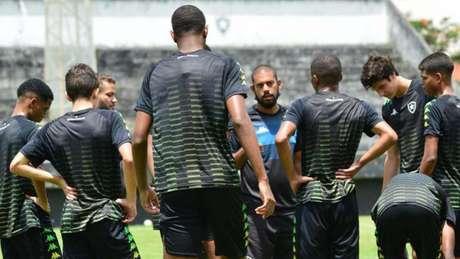 Botafogo estreia no Brasileirão Sub-17 neste sábado, contra o América-MG Botafogo F.R
