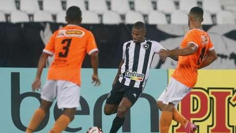 Botafogo e Nova Iguaçu se enfrentam neste domingo, às 18h (Foto: Reprodução/Botafogo TV)