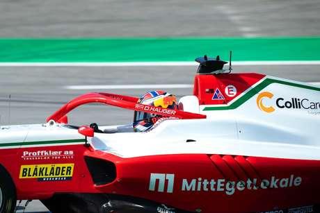 Dennis Hauger foi o protagonista deste domingo de F3 em Barcelona