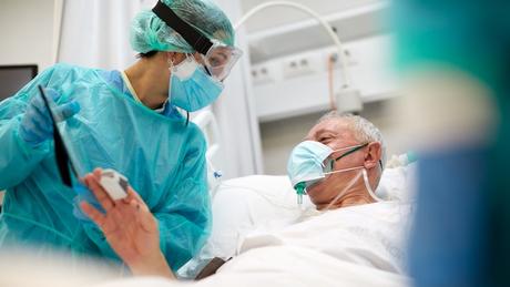 Relação entre profissionais da saúde e pacientes deve ser guiada pela empatia