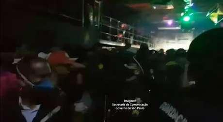 Festas clandestinas foram encerradas em São Paulo