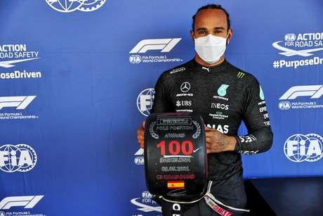 Lewis Hamilton alcançou a marca história de 100 poles na Fórmula 1