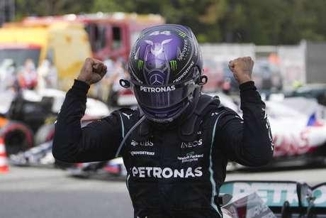 Hamilton consolidou liderança no campeonato de pilotos