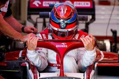 Kimi Räikkönen durante treinos livres da Espanha
