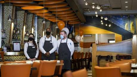 Restaurante em Nova York; plano de Biden colocou em prática socorro econômico de US$ 1,9 trilhão