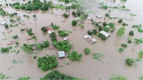 Enchentes em Moçambique e Zimbábue em 2019; eventos climáticos mais extremos estão castigando o continente africano