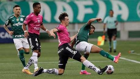 No jogo do Allianz Parque, o Verdão goleou os equatorianos por 5 a 0 (Foto: Andre Penner / POOL / AFP)