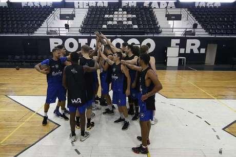 Time de basquete do Botafogo disputa o Campeonato Brasileiro (Foto: Vítor Silva/Botafogo)