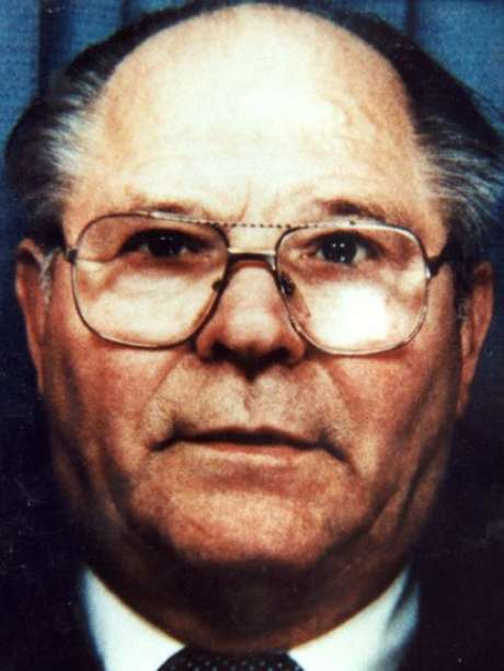 Chrzanowski conseguiu obter a cidadania britânica na década de 1960