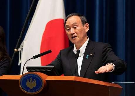 Primeiro-ministro do Japão, Yoshihide Suga, durante entrevista coletiva em Tóquio 07/05/2021 Hiro Komae/Pool via REUTERS