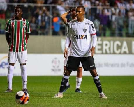 Guilherme foi artilheiro do Brasileiro Sub-20 do ano passado, disputou o Mineiro pelo Coimbra e agora vai jogar a Série B pelo Vitoria-BA-(Divulgação)