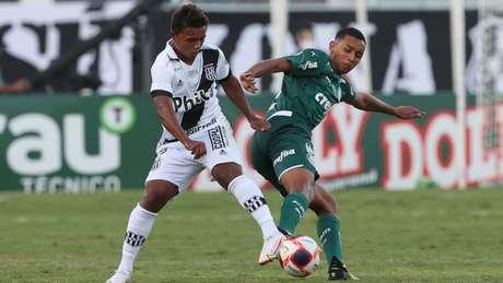 Michel estreou na vitória por 3 a 0 diante da Ponte Preta (Foto: Cesar Greco/Palmeiras)