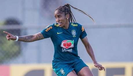 Campeã pela Ferroviária e agora no Palmeiras, Chú também defende a Seleção Brasileira (Foto: Mariana Sá/CBF)