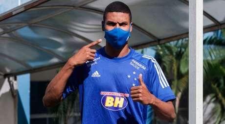Paulo tem sido pouco aproveitado por Felipe Conceição e deve ser emprestado-(Divulgação/Cruzeiro)