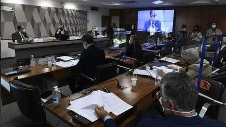 Presidente da Anvisa reiterou aos senadores autonomia da Anvisa