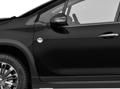 Peugeot 2008 Skywalker traz emblemas alusivos à versão