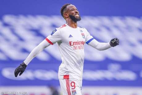 Dembélé pode ser reforço no Arsenal (Foto: Damien LG / Lyon)