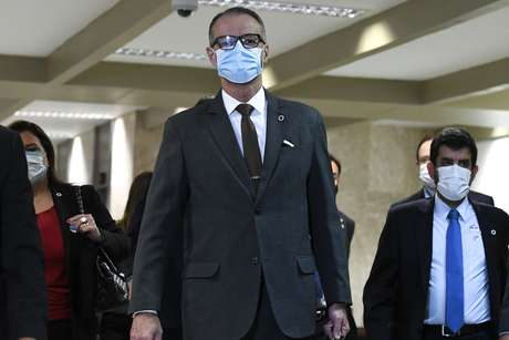Diretor-presidente da Agência Nacional de Vigilância Sanitária (Anvisa), Antonio Barra Torres chega ao Senado Federal