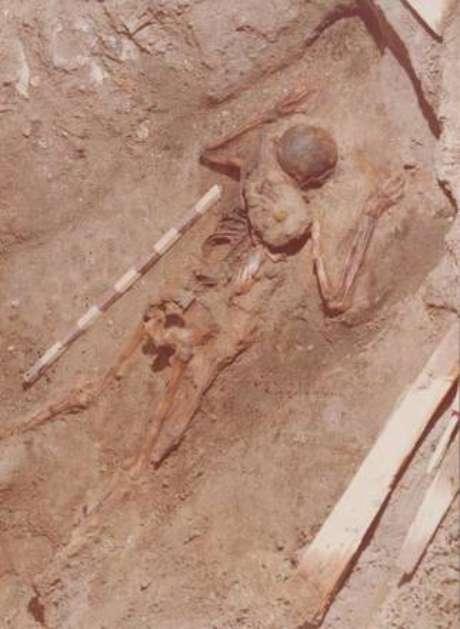 Restos do oficial haviam sido descobertos na década de 1980 e foram reencontrados