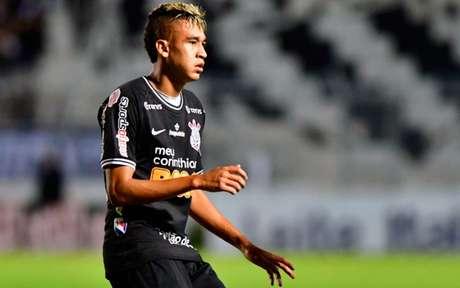 Cantillo segue como desfalque do Corinthians, contra a Inte de Limeira (Foto: Eduardo Carmim/Photo Premium)