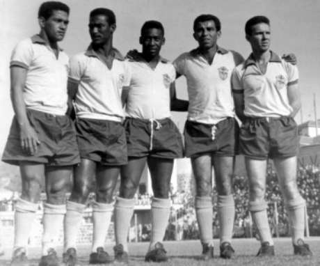 Em 1962, Garrincha, Didi, Pelé, Vavá e Zagallo (Foto: Reprodução)