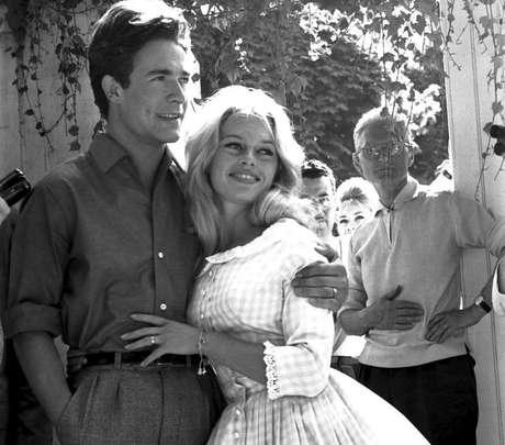 Brigitte Bardot e Jacques Charrier./ Reprodução.