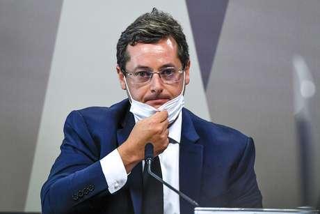 À mesa, o ex-secretário de Comunicação Social da presidência Fabio Wajngarten