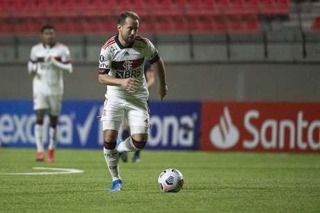 Everton Ribeiro esteve em campo no empate do Flamengo na Libertadores (Foto: Alexandre Vidal/Flamengo)