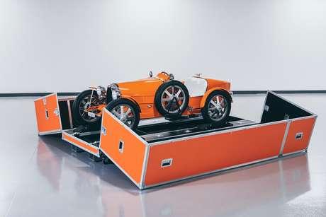 Bugatti Baby II ganhou uma caixa personalizada para transporte.