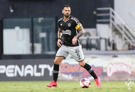 Leandro Castan disse que o time do Vasco evolui a cada jogo e elogiou o trabalho de Cabo (Rafael Ribeiro/Vasco)