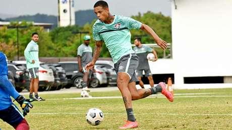Caio Paulista, durante treino do Fluminense nesta quinta-feira (Foto: Mailson Santana/Fluminense FC)