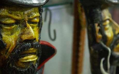 No Dia da Abolição da Escravatura também é comemorado o dia dos Pretos-Velhos - Shutterstock