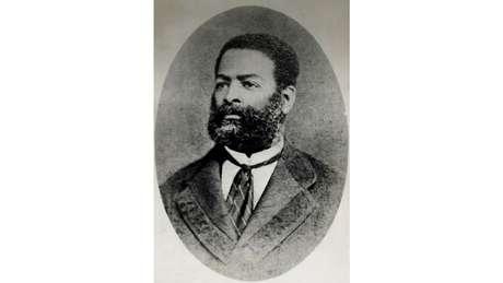 Calcula-se que Luís Gama tenha ajudado a libertar cerca de 500 escravos